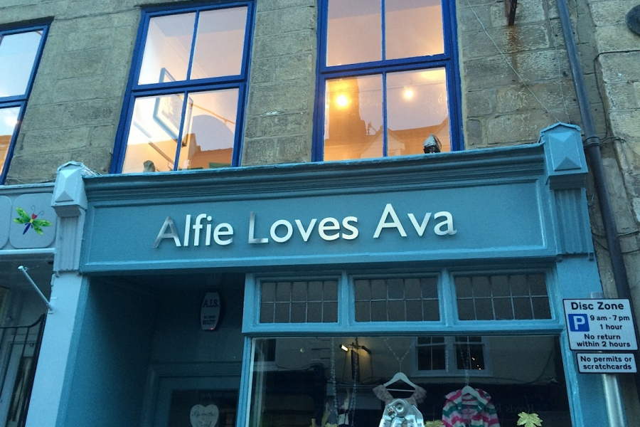 Alfie Loves Ava