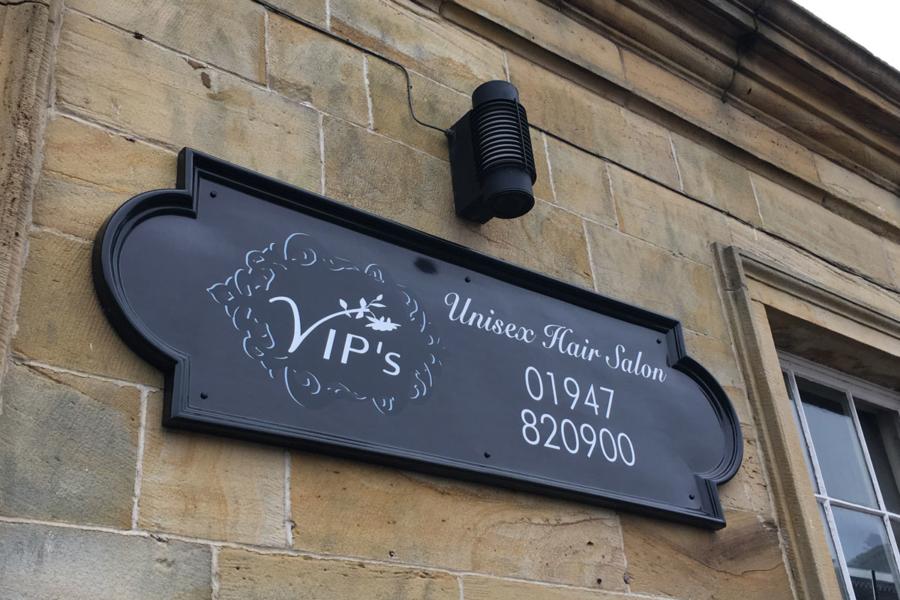 VIP unisex hair salon
